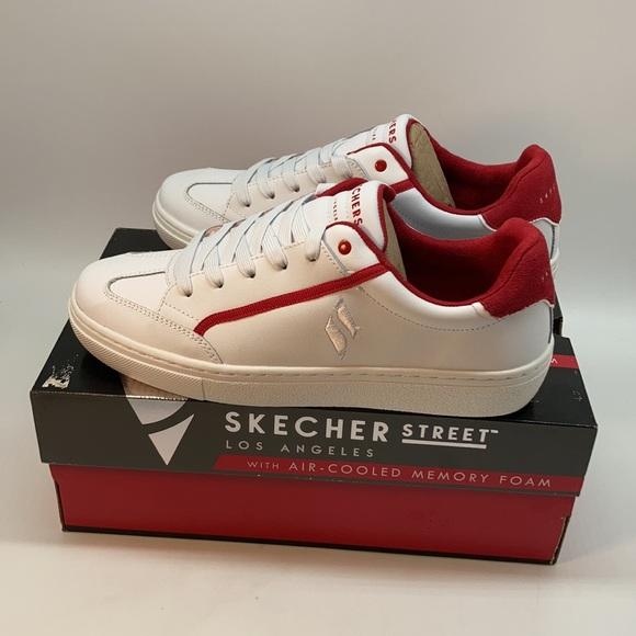 Skechers Women's Street Soft Line Shoe